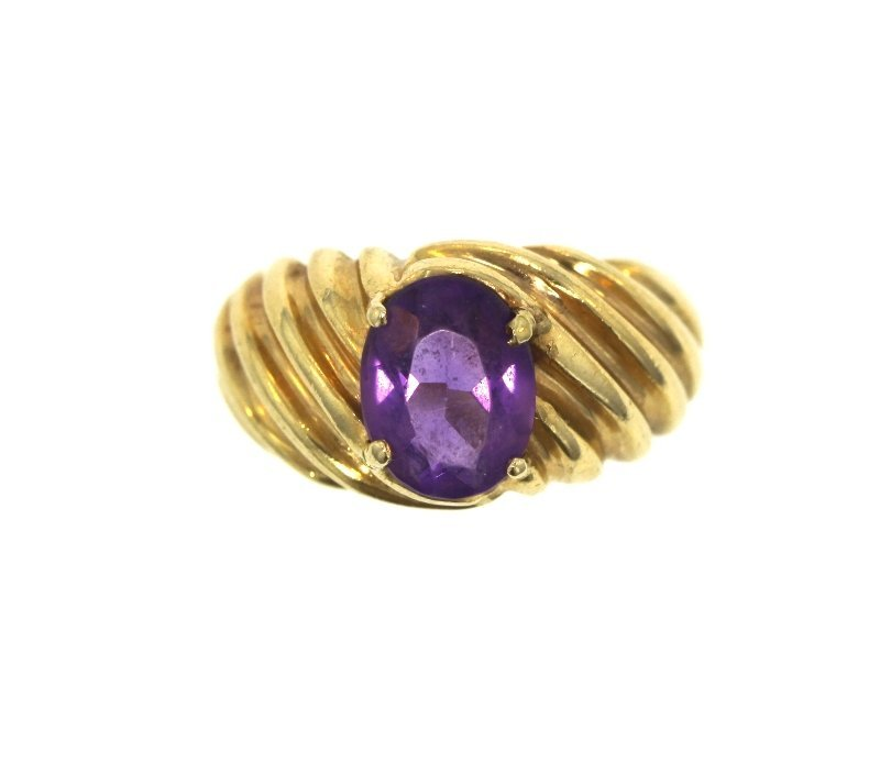 14KT Yellow Gold Ladies Amethyst Ring. 1.65ct. A884
