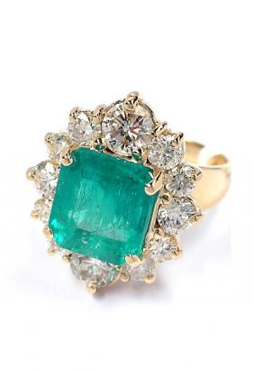 14KT Yellow Gold 3.65ct Emerald And Diamond Ring A3711