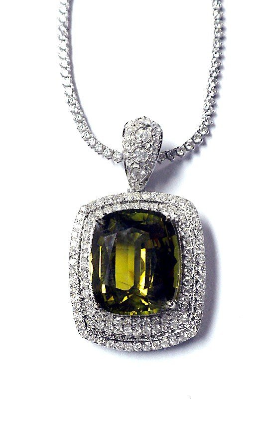 14KT White Gold 30.03ct Alexandrite & Diamond Necklace
