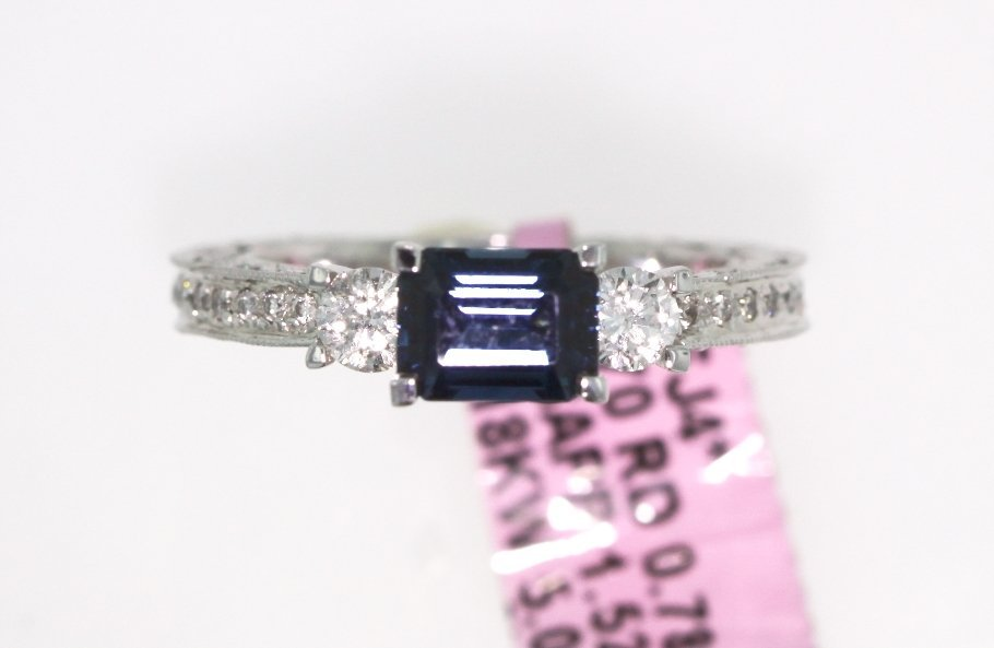 18KT White Gold 1.52ct Sapphire and Diamond Ring FJM137