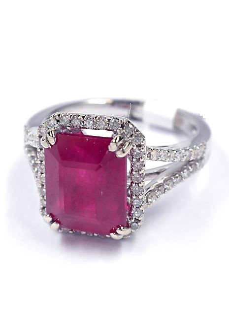14KT White Gold 5.2ct Ruby and Diamond Ring J41