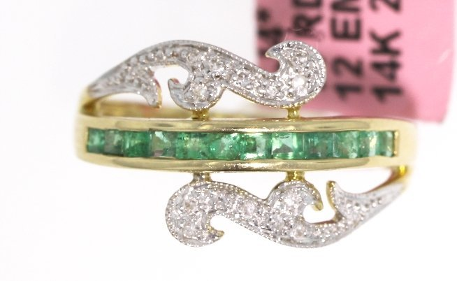 14KT White Gold 0.44ct Emerald and Diamond Ring FJM1399