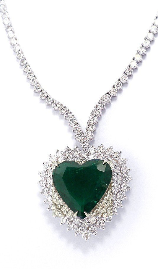 18KT White Gold 7.08ct Emerald and Diamond Necklace A37