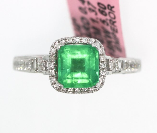 18KT White Gold 1.37ct Emerald and Diamond Ring FJM1393