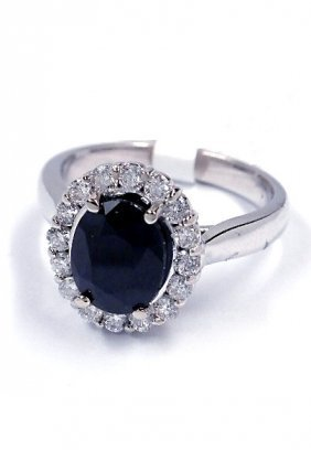 14KT White Gold 3.1ct Sapphire And Diamond Ring J35