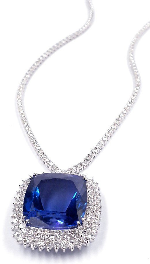 18KT White Gold 32.52ct Tanzanite & Diamond Necklace A3
