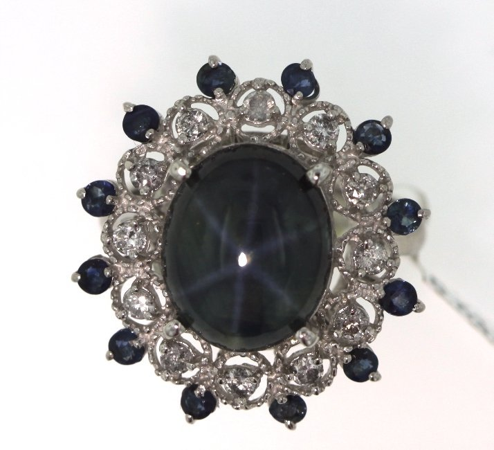 14KT White Gold 5.67ct Sapphire & Diamond Ring RM529