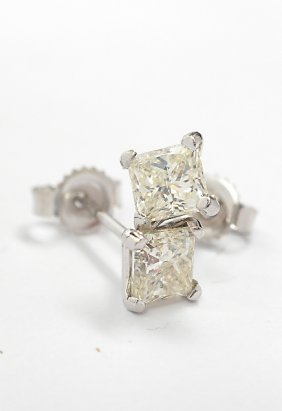 14KT White Gold .82ct Diamond Solitaire Stud Earrings A