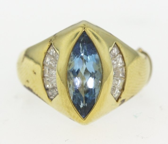 14KT Yellow Gold Topaz and Diamond Ring GD361