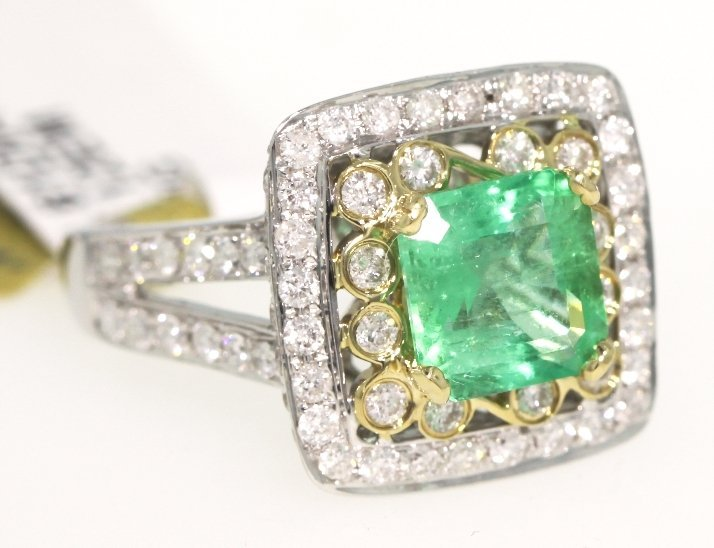 14KT White Gold 2.12ct Emerald and Diamond Ring RM410