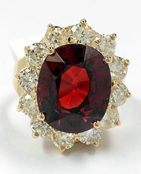 14KT Yellow Gold 10.36ct Garnet And Diamond Ring A3633