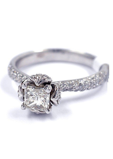 14KT White Gold 0.95tcw Diamond Ring A3930
