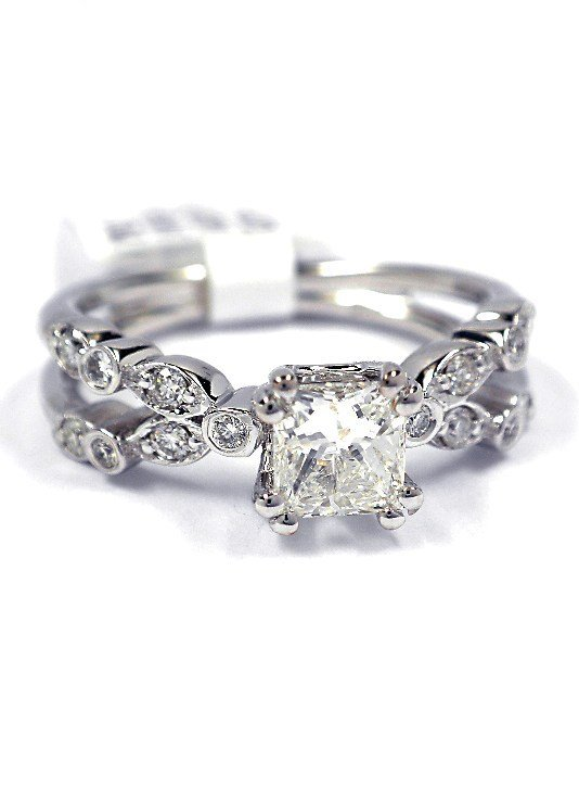 14KT White Gold 0.76ct Diamond Unity Ring A3810