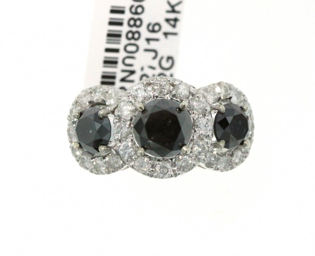 14KT White Gold 4.64ct Black & White Diamond Ring RM470