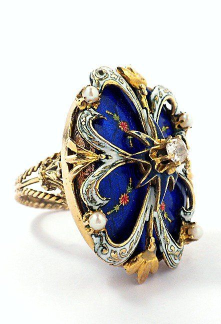 14KT Yellow Gold Diamond and Enamel Fashion Ring A3425