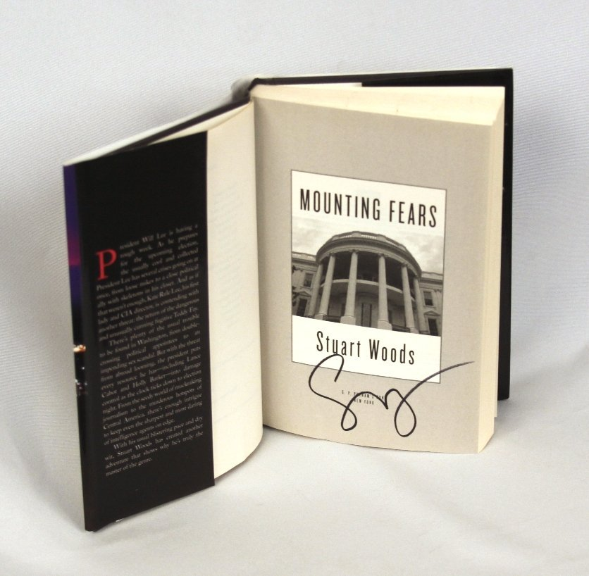 Signed Copy of Mounting Fears by Stuart Woods BK222 - 2