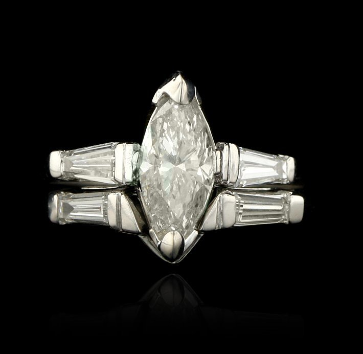 Platinum 1.08ct EGL USA SI3/H Marquise Cut Diamond Ring