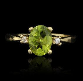 14KT Yellow Gold Peridot And Diamond Ring GD117