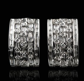 18KT White Gold 2.10ctw Diamond Earrings FJM2332