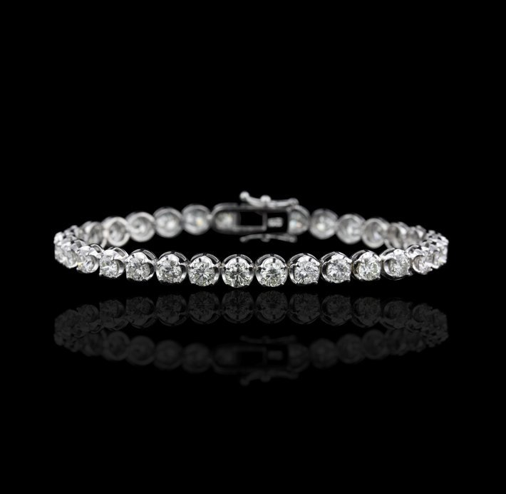 18KT White Gold 9.52ctw SI1-I1/G-I Diamond Tennis Brace