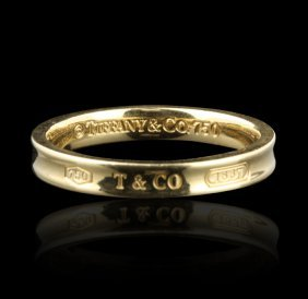 Tiffany & Co. 18KT Yellow Gold Band Ring GB916