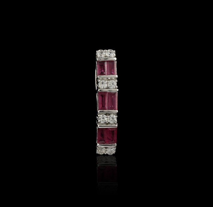 SILVER 0.90ctw Ruby and White Sapphire Pendant SLV76
