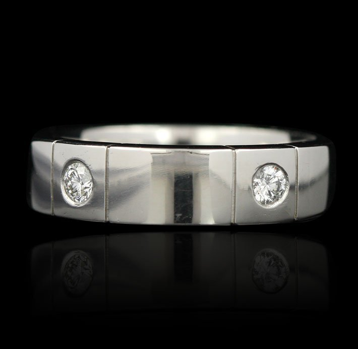 Platinum 0.30ctw Bezel Set Diamond Band GB518
