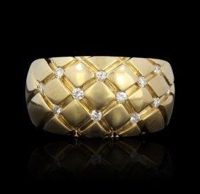 14KT Yellow Gold Basket Weave Diamond Ring A669
