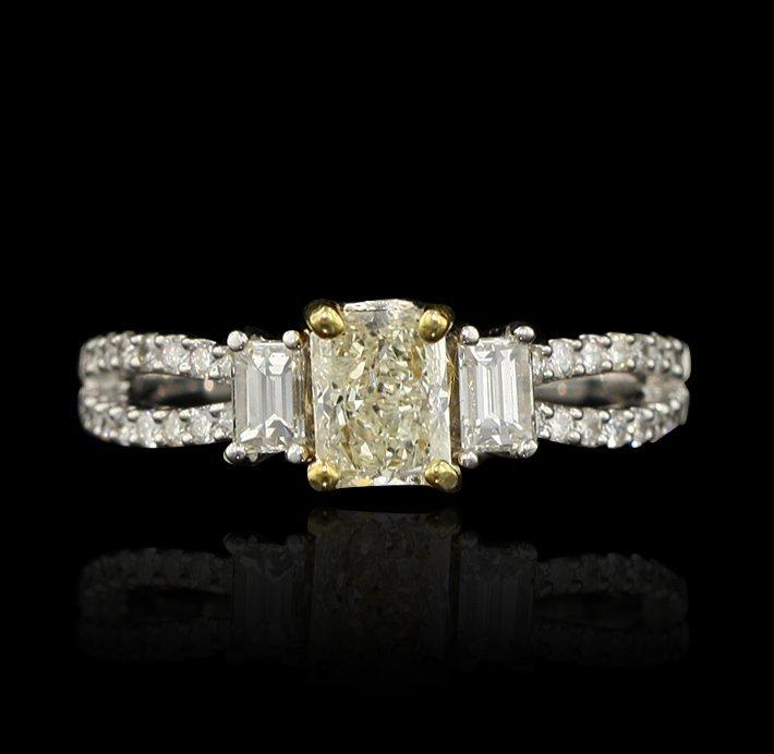 14KT White Gold 1.29ctw Diamond Ring A4144