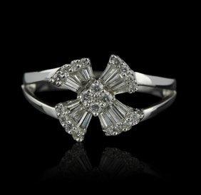 14KT White Gold 0.56ctw Diamond Ring GB938