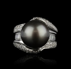14KT White Gold Cultured Pearl and Diamond Ring GB763