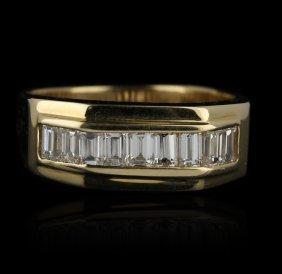 14KT Yellow Gold 1.01ctw Diamond Ring GB772