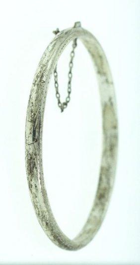 Vintage Bangle Bracelet ED932