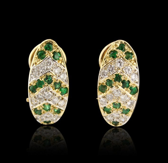 14KT Yellow Gold 0.85ctw Emerald and Diamond Earrings A
