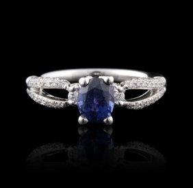 18KT White Gold 1.27ct Sapphire & Diamond Ring FJM2550