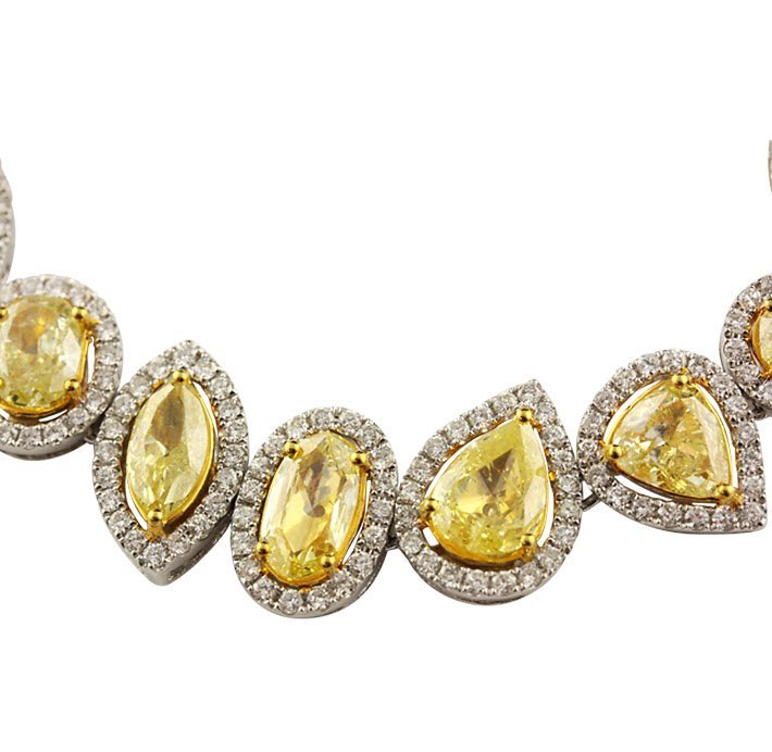 18KT Yellow & White Gold 24.59ctw Fancy Yellow Diamond  - 6