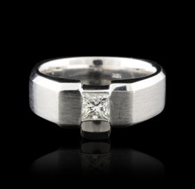 Gents 14KT White Gold 0.60ctw Diamond Ring GB1181