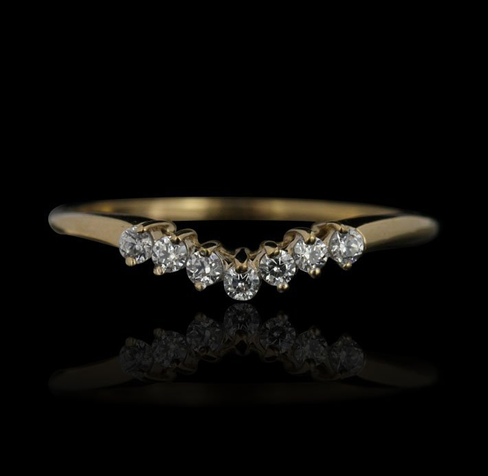 14KT Yellow Gold 0.14ctw Diamond Wedding Band GB480