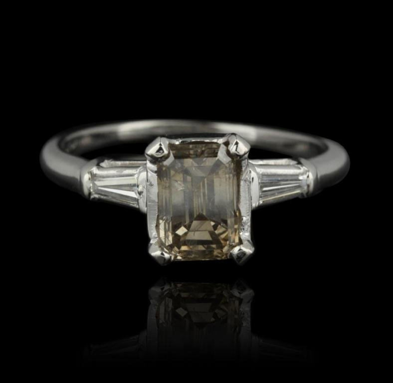 Platinum 1.72ctw Diamond Ring GB635