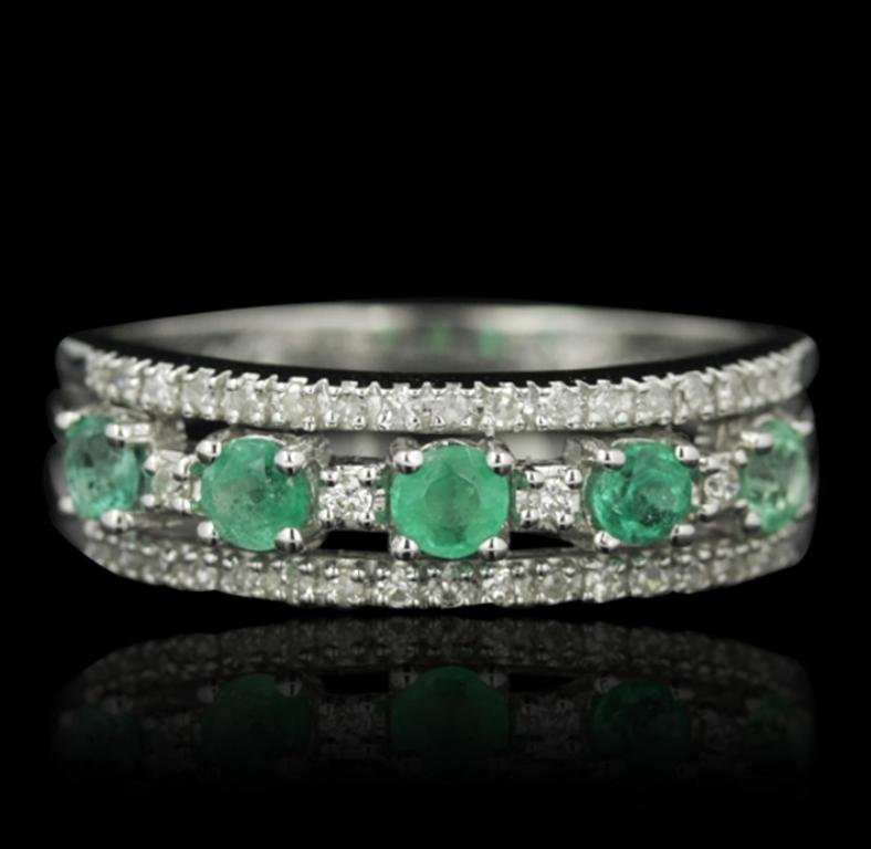 14KT White Gold 0.42ctw Emerald and Diamond Ring