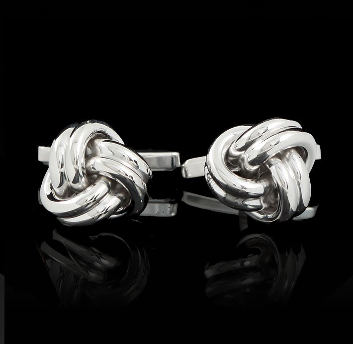 18KT White Gold Knot Shaped Cuff Links GB1978