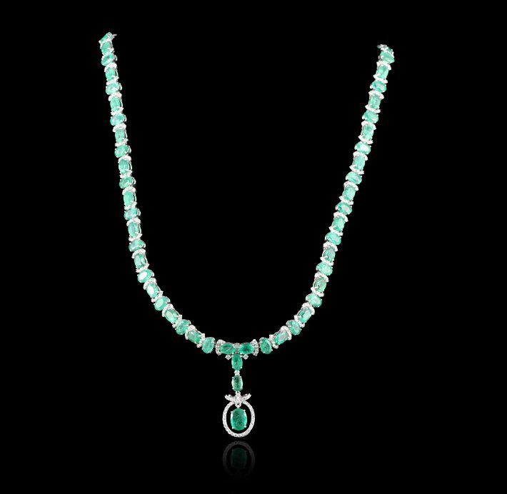 18KT White Gold 28.90ctw Emerald and Diamond Necklace