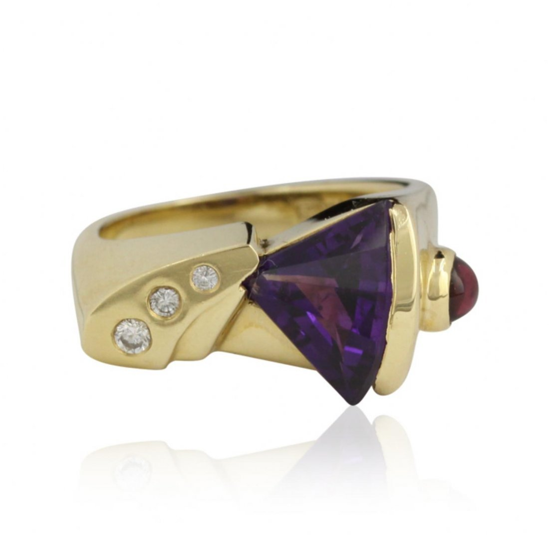 14KT Yellow Gold Amethyst and Diamond Fashioin ring