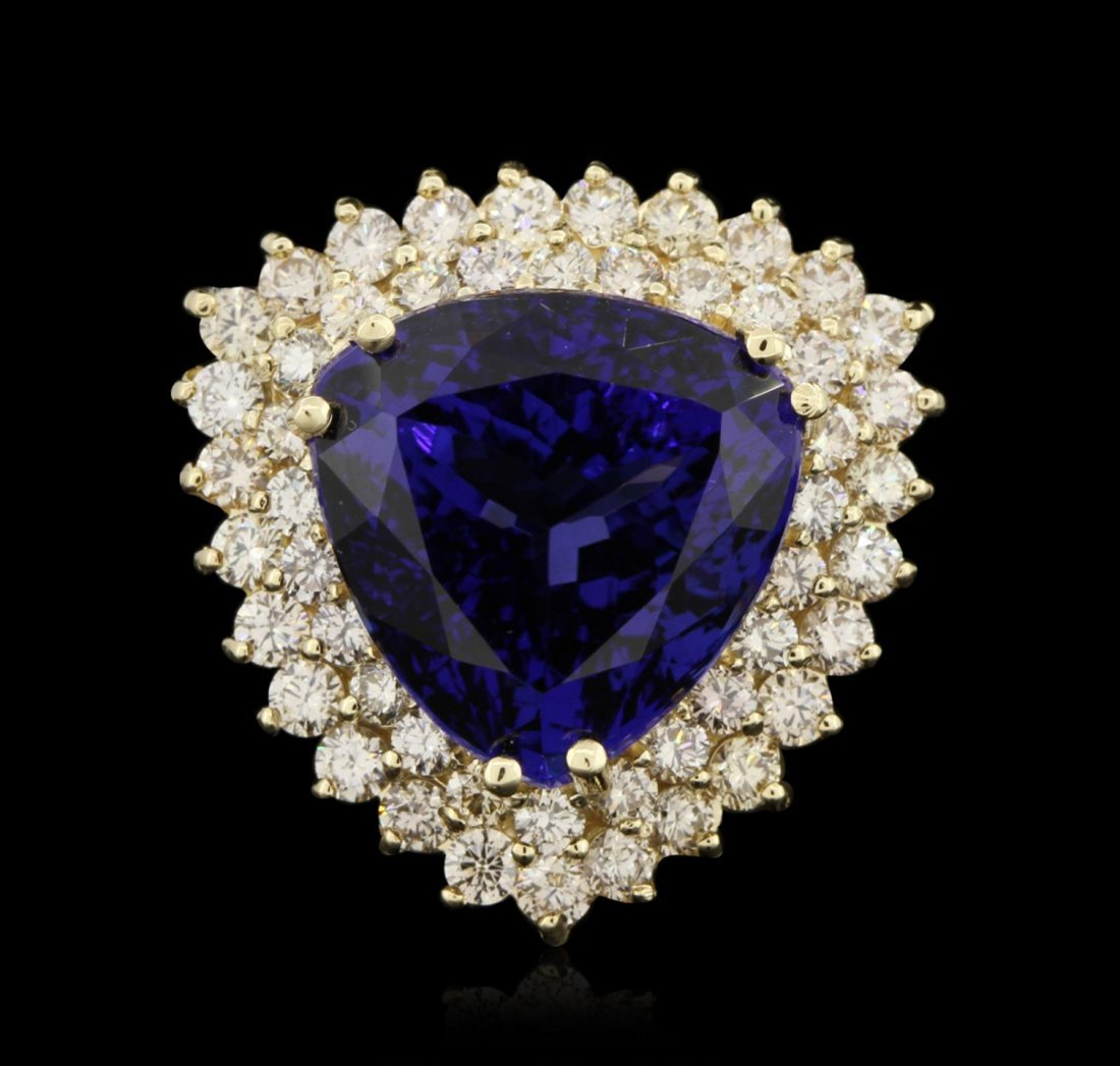 14KT Yellow Gold 19.10ct GIA Certified Tanzanite and
