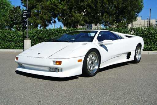 1991 White Lamborghini Diablo