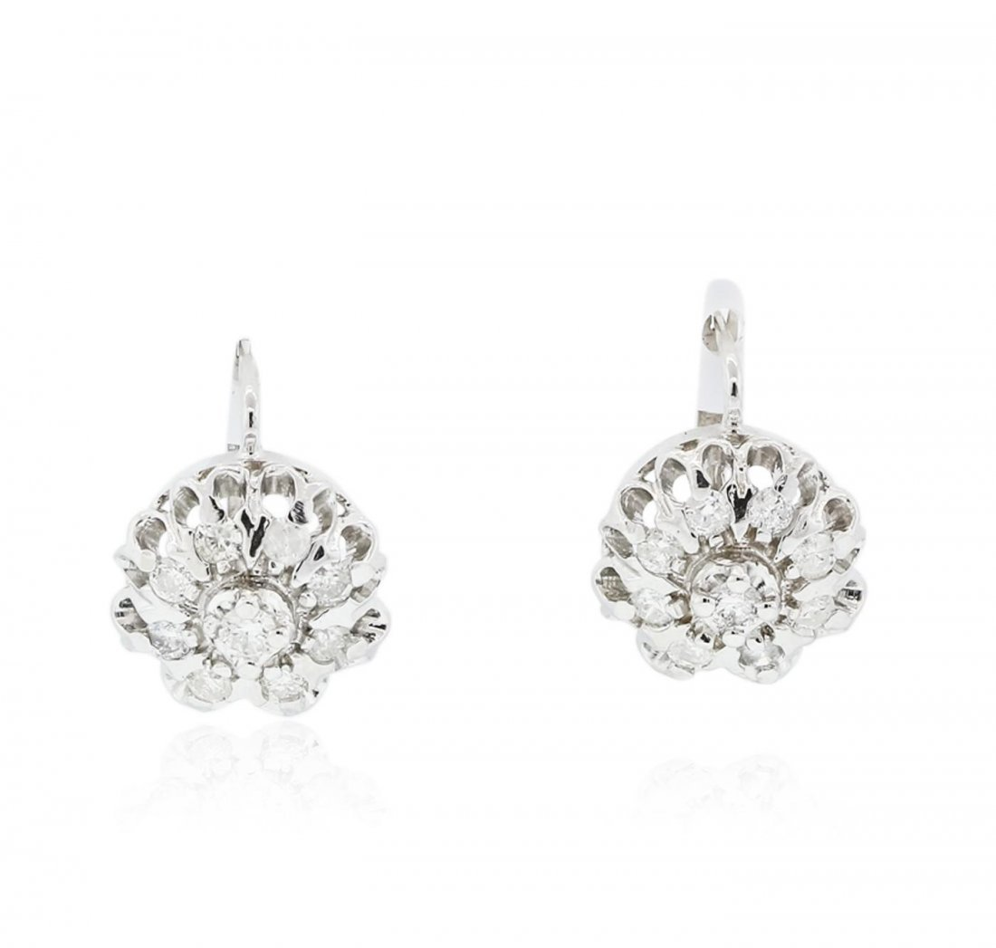 14KT White Gold 1.10ctw Diamond Earrings