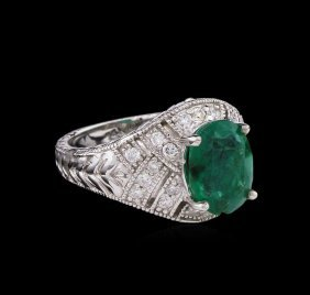 3.16ct Emerald And Diamond Ring - 14kt White Gold