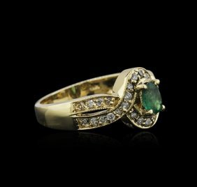 14kt Yellow Gold 0.82ct Emerald And Diamond Ring