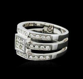 18kt White Gold 0.90ctw Diamond Ring