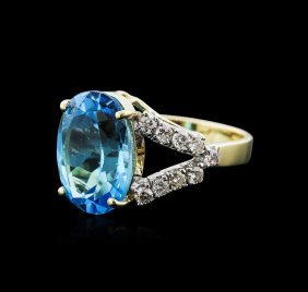 14kt Yellow Gold 5.00ct Blue Topaz And Diamond Ring